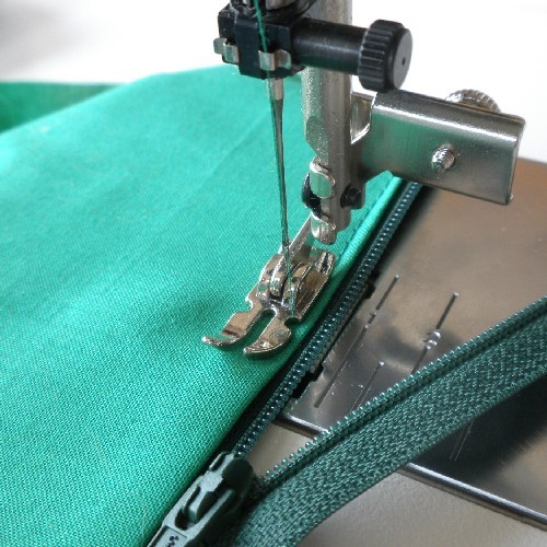 Adjustable Zipper Foot For High Speed Straight Stitch Machines Mesmerizing Zipper Foot For Sewing Machine