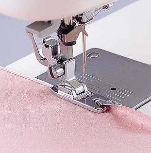 Bernina Bernette Narrow Rolled Hem Foot