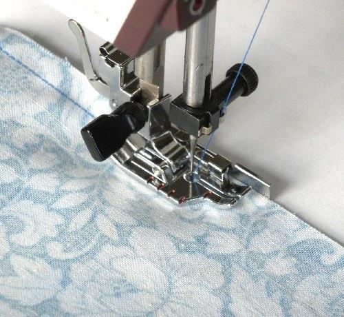 """1/4"""" Quilting Presser Foot with Guide"""