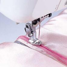 Bernina Bernette Invisible Zipper Foot