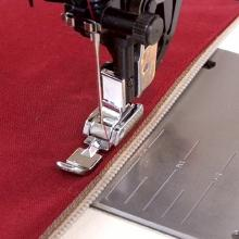 Bernina Bernette Narrow Zipper Foot